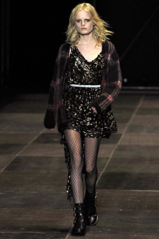 saint-laurent-paris-rtw-fw2013-runway-01_173228397143.jpg_article_singleimage