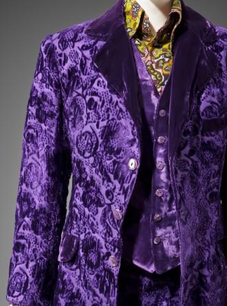 10-man-s-suit-granny-takes-a-trip-331x446
