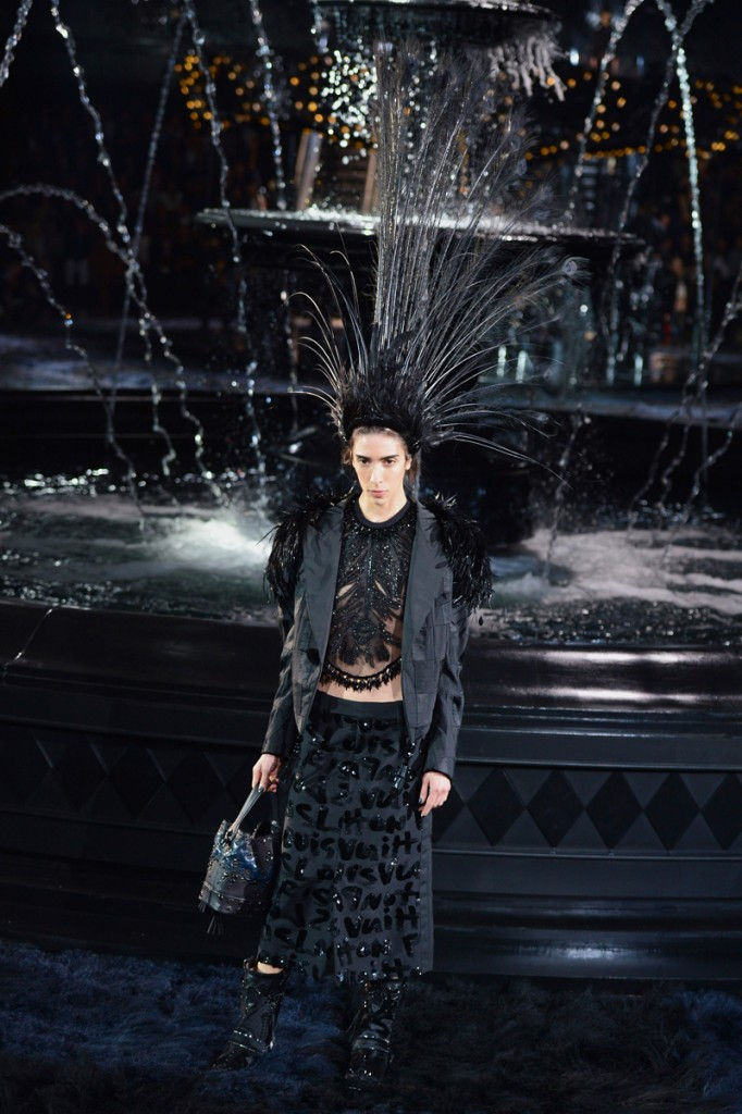 louis-vuitton-ss2014-runway-34_081626634486