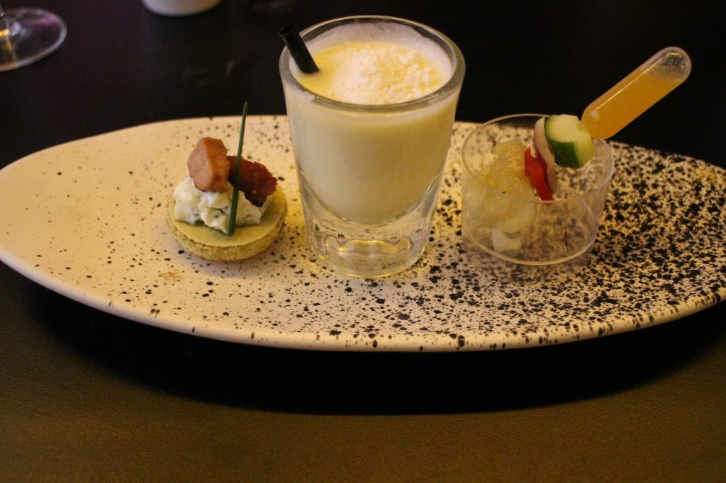 Fois Gras macaron, Lemon Meringue mini cocktail and Bug Tail skewer