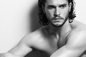 Kit-Harington-Jimmy-Choo-Man2-600x393