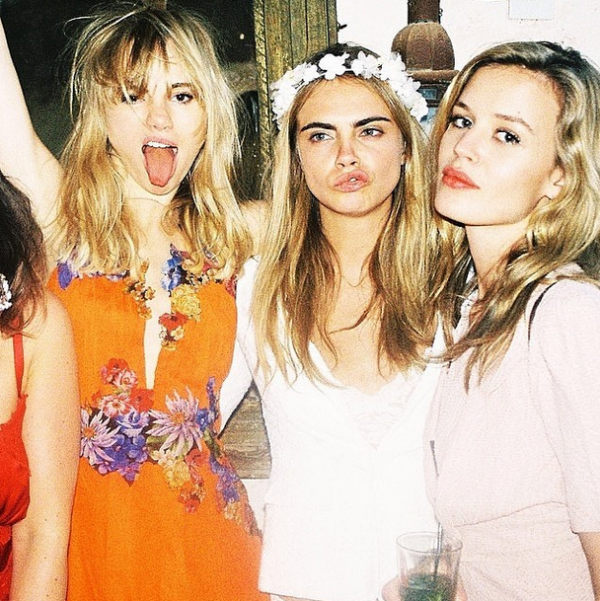 cara-delevingne-with-suki-waterhouse-and-georgia-may-jagger-at-sister-poppys-wedding-in-morocco