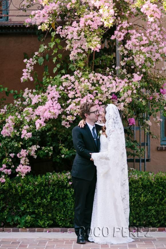 mary-kate-ashley-olsen-first-wedding-dress__oPt