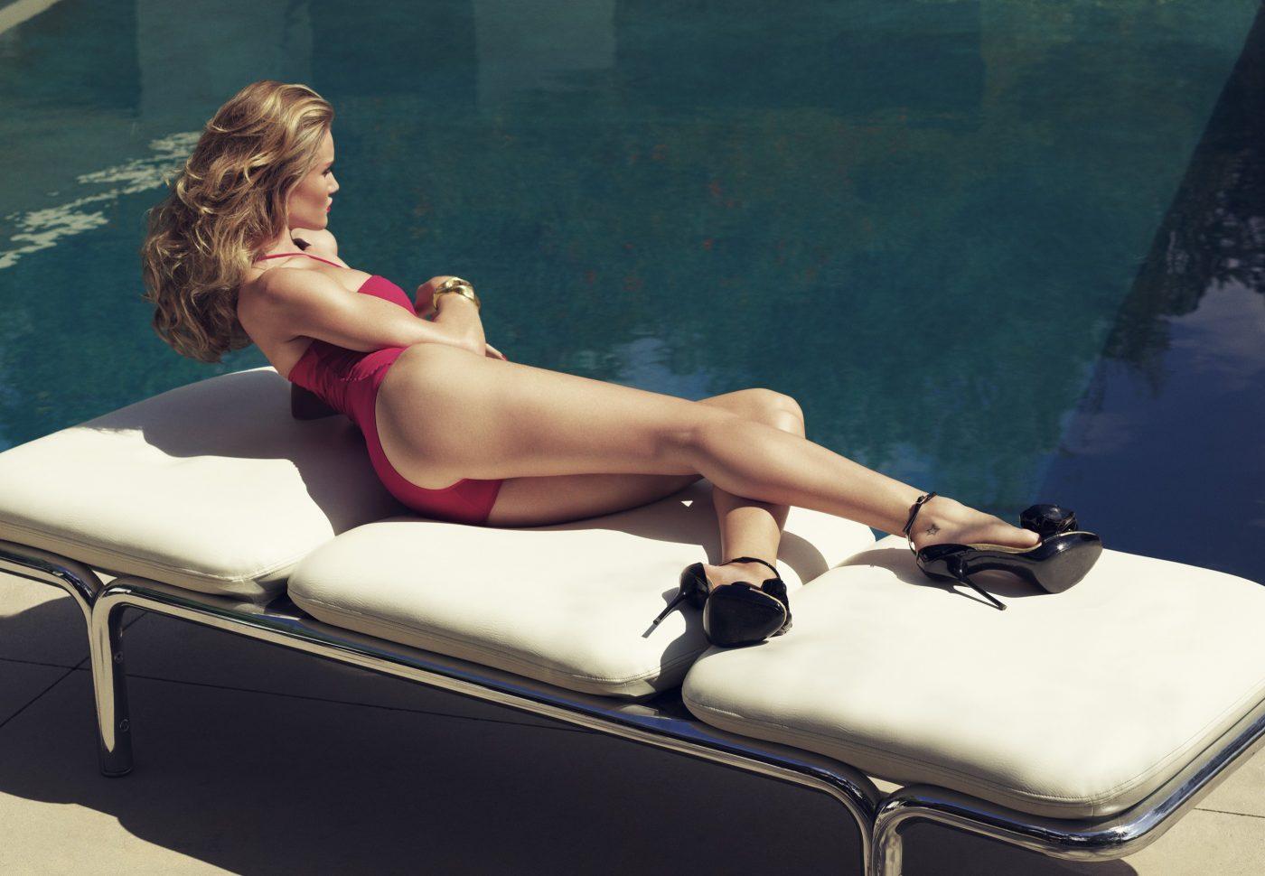 Rosie Huntington Whiteley - Hot for Harpers Bazaar UK-10