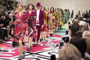 burberry-prorsum-womenswear-spring-summer-2015-show-final_001-copy