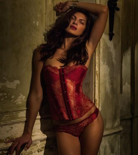 p52-1253c.crsv_pleasure-state_214_couture-lexi-luna-corset_chili-pepper-silver_c