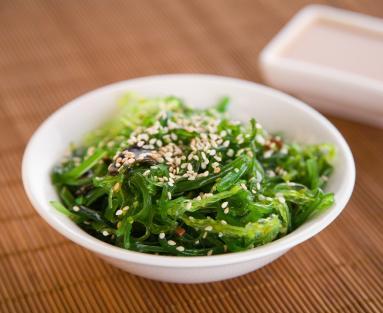 wakame_seaweed_salad_main