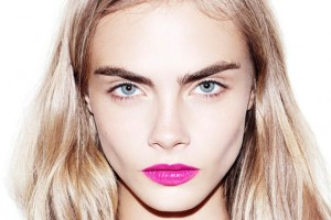 cara-delevingne-eyebrows-dolce-and-gabbana-ss13