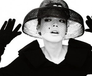 Shu-Qi-by-Mario-Testino-for-Vogue-China-December-2013-4