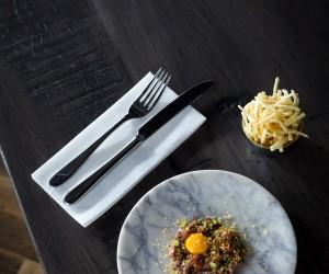 pickettsdeli-steak-tartare-bottarga-and-pomme-paille